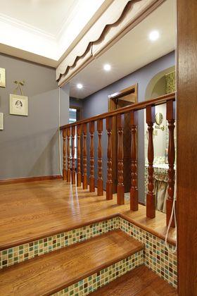 豪华型140平米三室两厅新古典风格楼梯图片