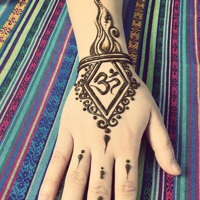 里香汉娜henna tattoo手绘工作室
