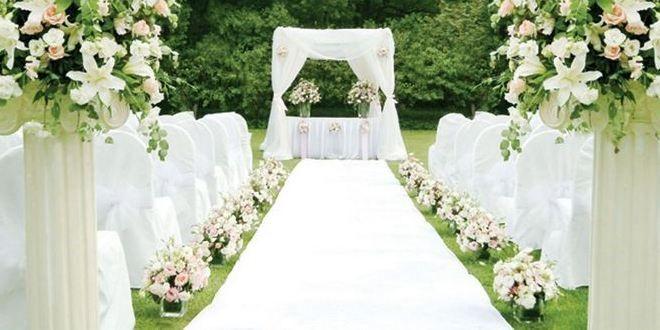 布置婚礼现场的时候要如何合理的运用白色