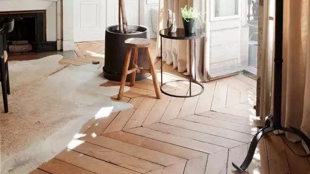 地板原来还可以这样铺,长见识了