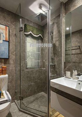 10-15万80平米三室两厅现代简约风格卫生间装修图片大全
