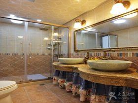 经济型140平米三室两厅混搭风格卫生间装修效果图