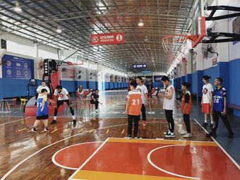 E&A 欧美国际篮球学院(顺德大良店)