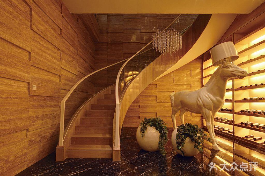 混搭风格楼梯推荐 混搭风格楼梯如何搭配装修