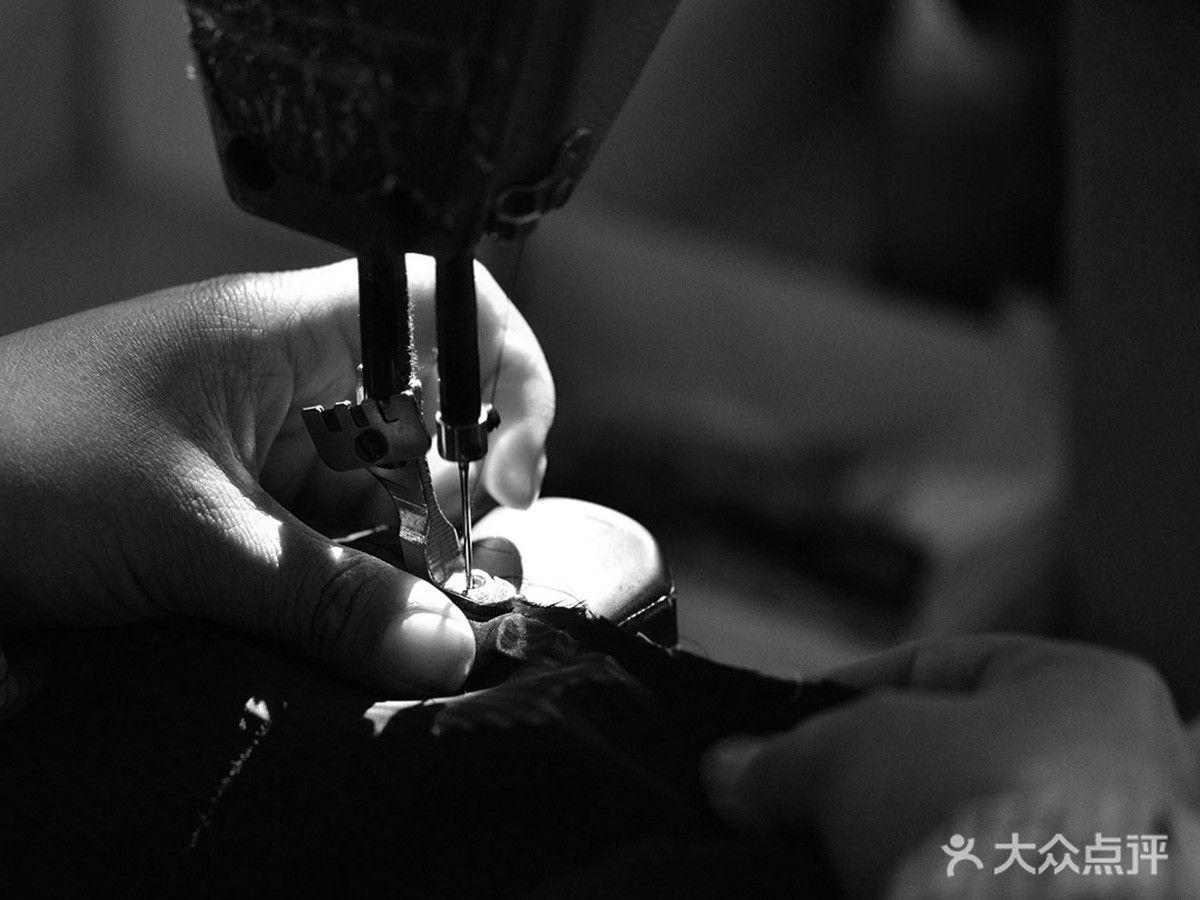 荣·锦洋服ショップ的图片