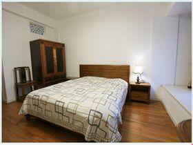 经济型100平米现代简约风格卧室图