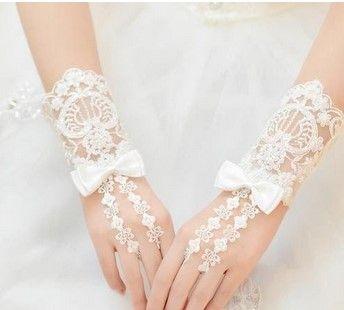 新娘婚礼如何选择手套?