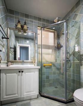富裕型140平米三室一厅美式风格卫生间图