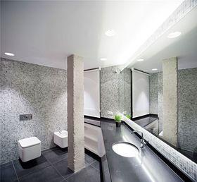 130平米三室两厅现代简约风格卫生间图片大全
