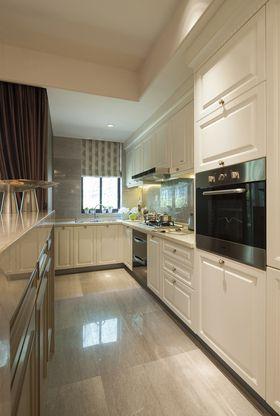 富裕型110平米三室两厅现代简约风格厨房设计图