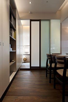 富裕型130平米三现代简约风格其他区域装修案例