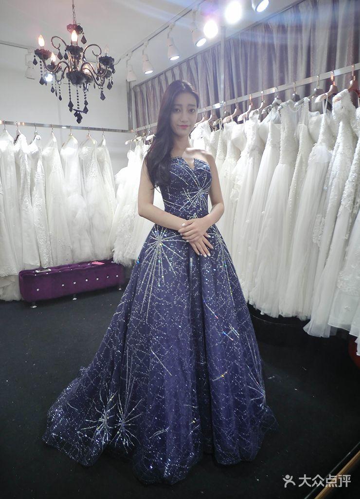 la rosa轻奢婚纱品牌集合店
