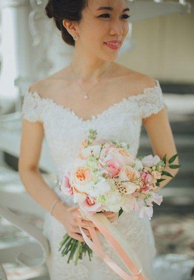 胸小的新娘穿什么婚纱好看
