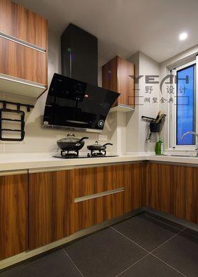 富裕型100平米三室两厅美式风格厨房图片