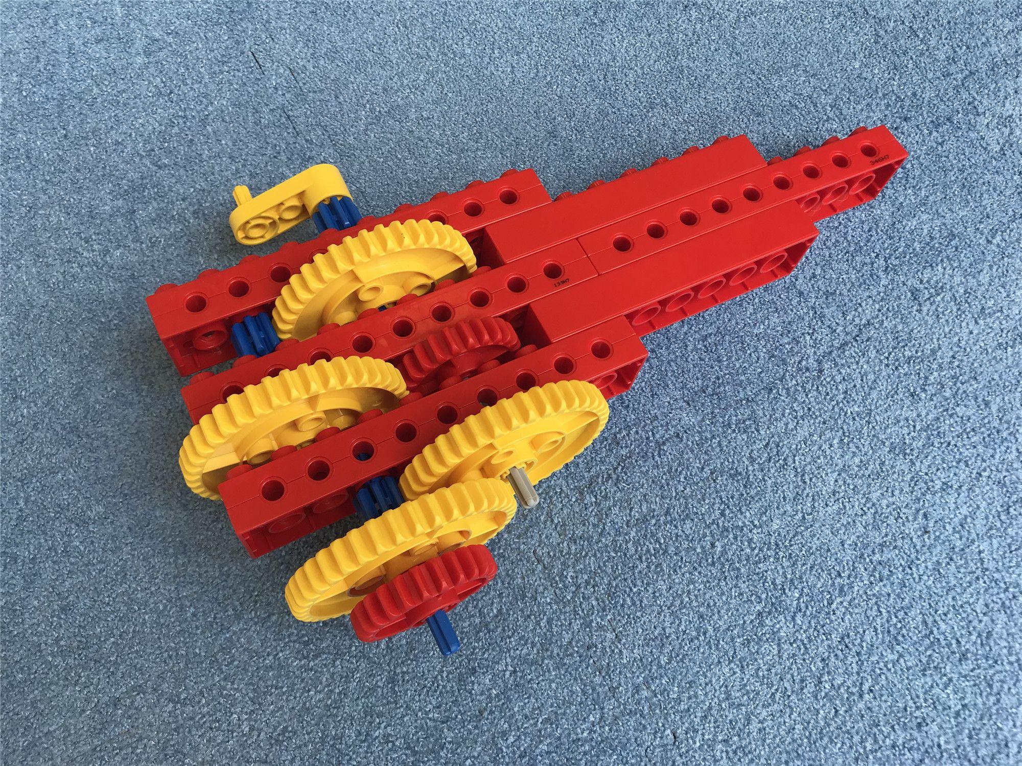 5岁课程-陀螺发射器