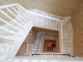 富裕型130平米三室一厅法式风格楼梯装修效果图