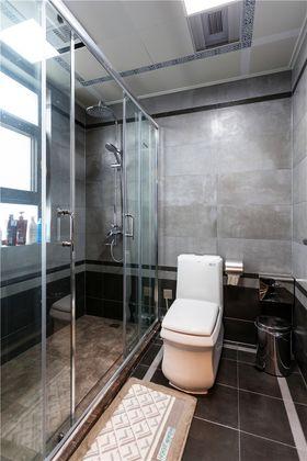 富裕型140平米三室两厅现代简约风格卫生间设计图