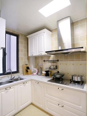 5-10万110平米三室两厅混搭风格厨房图片