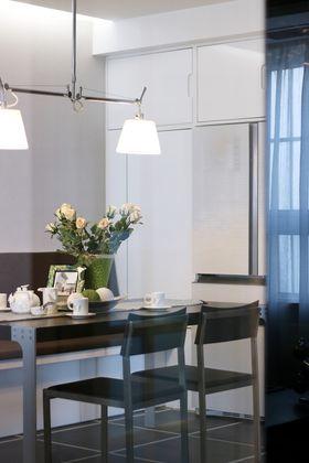 120平米四现代简约风格餐厅效果图