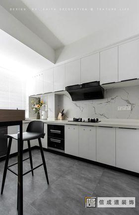 130平米四室两厅现代简约风格厨房装修效果图
