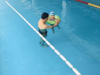贝斯特游泳健身