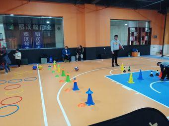 儿童青少年篮球培训