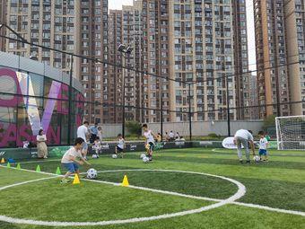 洛克公园足球训练营