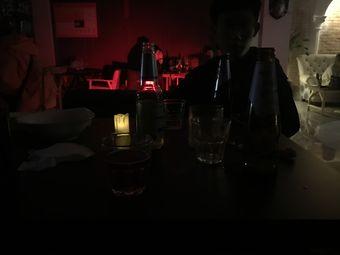 热搜On the hot search酒吧·电影