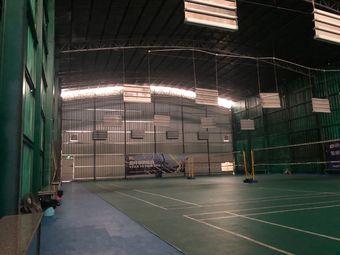 英豪健羽毛球馆