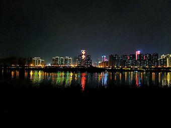青秀山上落点码头
