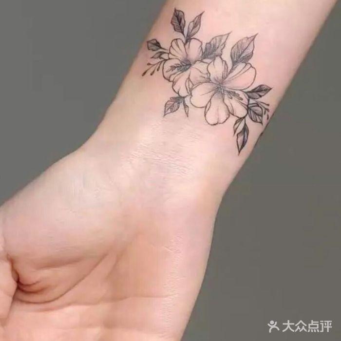 星耀刺青tattoo纹身师           小可爱_876310