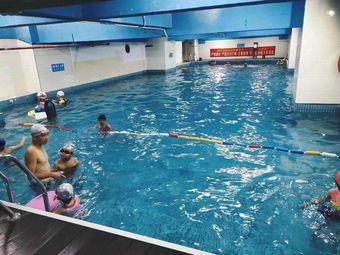 菲特丽斯室内游泳馆