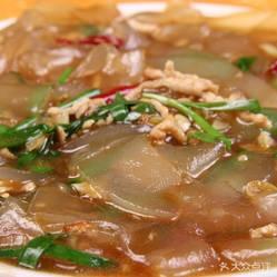 宏顺居老北京羊蝎子的鲫鱼炒拉皮做法好吃?用金针菇好不汤肉丝大全图片