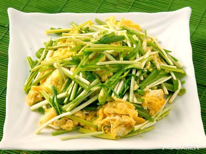 萝卜蒜苗明虾香菇猪肉条虾和饺子的区别图片