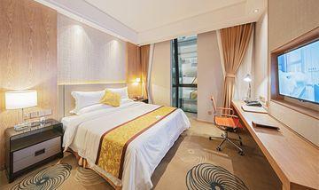 【上海等】上海柏思特酒店1晚+双人/1大1小/2大1小/2大2小上海迪斯尼1日门票+双早/多早-美团