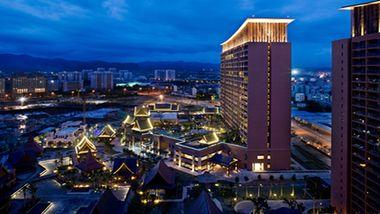 【三亚等】三亚湾红树林度假世界木棉酒店5晚+双人火山餐厅套餐1次+双人酒店自助晚餐1次+双人亚马逊水上乐园门票+双早-美团