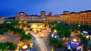 【广州等】广州长隆酒店1晚+2大1小长隆景区门票4选1+2大1小早餐-美团