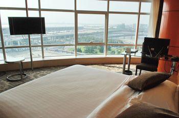 【上海等】上海大众空港宾馆1晚+双人上海迪斯尼1日门票-美团