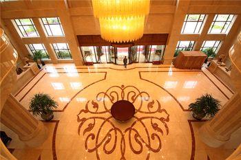 【大连等】大连旅顺(天沐)温泉度假酒店1晚+双人旅顺天沐温泉门票+双早-美团