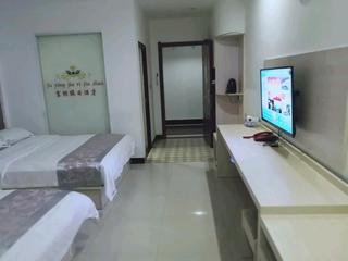 富银假日酒店