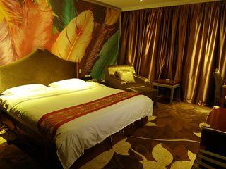 皇冠铂金酒店