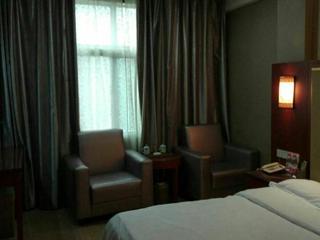 丹枫假日酒店