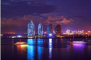 三亚湾凤凰岛热带风情度假酒店