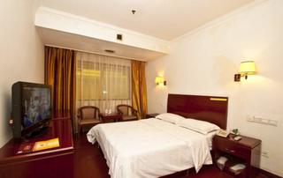 宝华国际大酒店
