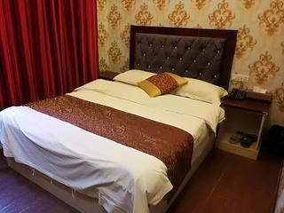 九天精品酒店