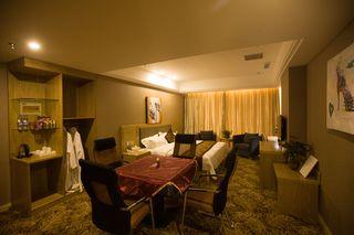 UP 精品酒店