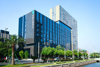 宁波东部新城和颐至格酒店