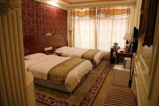 枫华豪泰大酒店(原圣水长江大酒店)