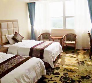 财龙商务宾馆