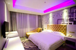 千惠时尚酒店